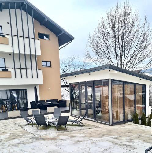 Velvet Home - Hotel - Vatra Dornei