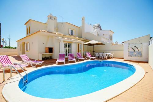 Alporchinhos Villa Sleeps 8 Pool Wifi