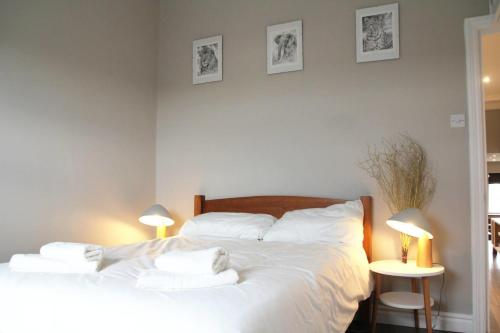GuestReady - Cosy 2BR home in Notting Hill 5 guests! - image 4