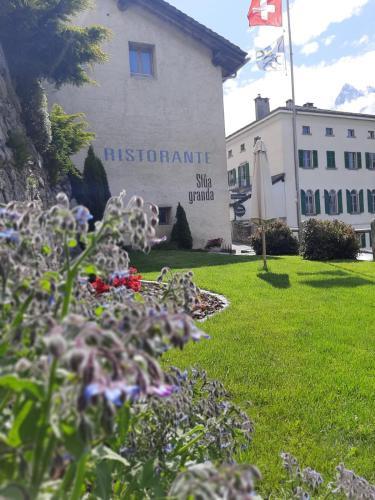 . Hotel Stüa Granda