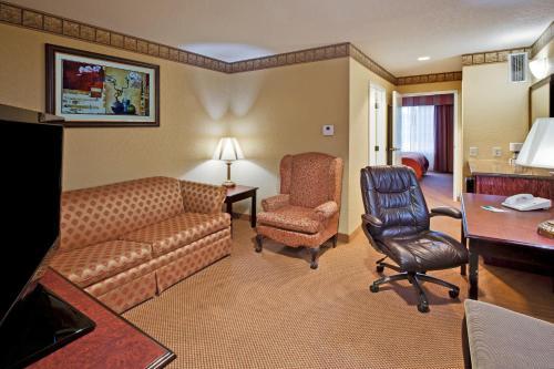 Country Inn & Suites By Radisson Hot Springs Ar - Hot Springs, AR 71913
