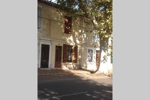 maison de ville à deux pas du centre ville - Location saisonnière - Arles