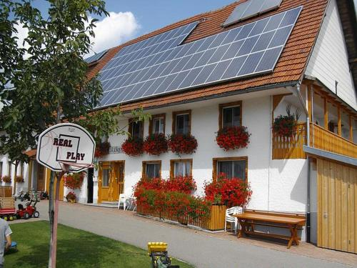 . Apartmenthaus Trötschler