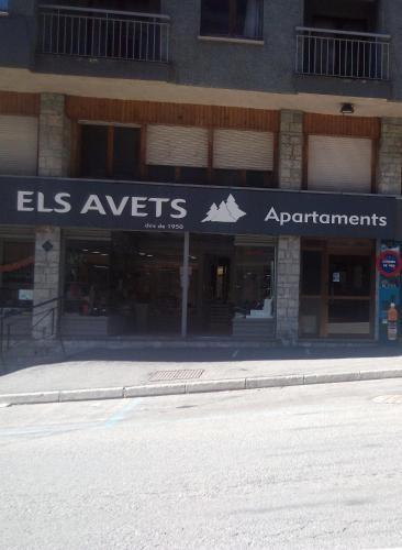 . Apartaments Els Avets
