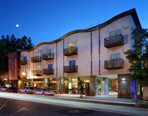 219 Healdsburg Avenue Healdsburg, California, 95448 United States.