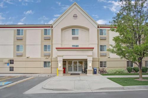 . MainStay Suites Salt Lake City Fort Union