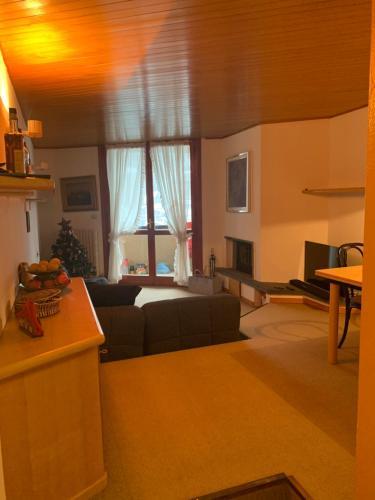 Calda e confortevole casa fronte piste - Hotel - Foppolo