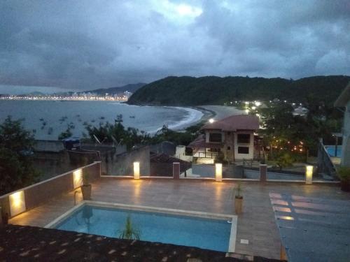 Apartamento com vista para o mar - 02
