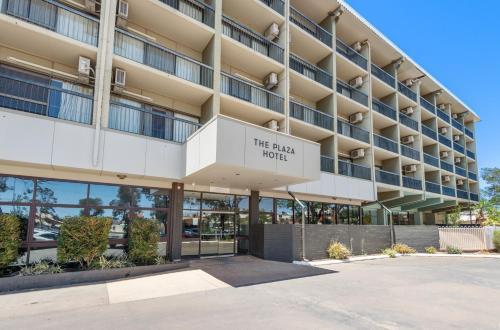 . The Plaza Hotel Kalgoorlie