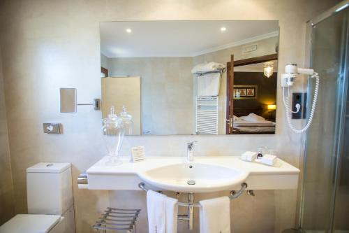 Single Room (1 Adult) Hotel Swiss Moraira 11