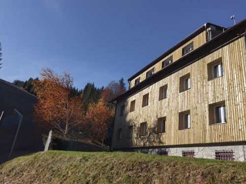 APARTMENTS ROGLA JURGOVO - Ski in Ski out - Hotel - Lukanja