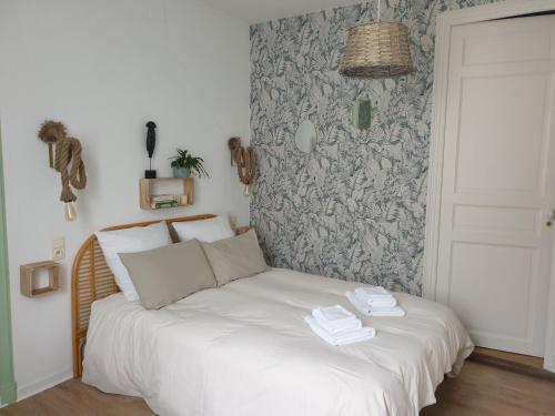 Chambres d'Hôtes et Gîtes- L'Abri sous Roche - Location saisonnière - Tautavel