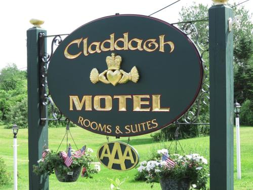 Claddagh Motel & Suites - Rockport, ME 04856