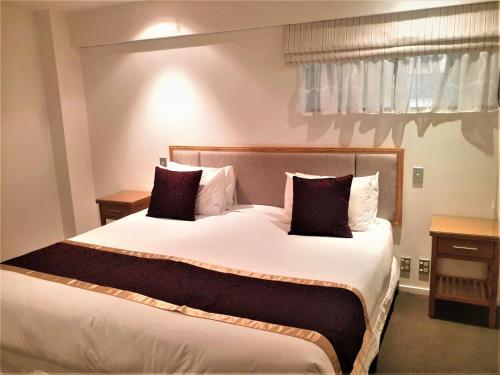 Fino Hotel & Suites - Photo 4 of 82