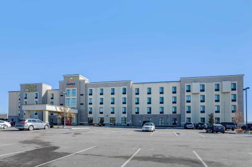 . Comfort Suites Near Denver Downtown