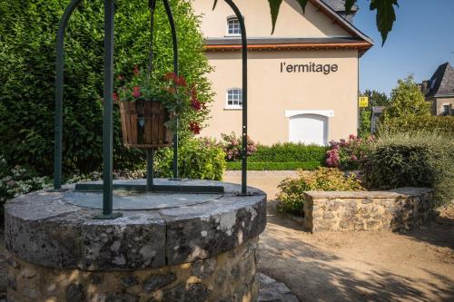 . L'Ermitage Hotel & Restaurant