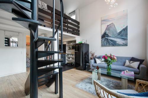 Nice and bright loft close to Republique and Oberkampf in Paris - Welkeys - Location saisonnière - Paris