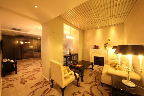 Beijing Springs Valley Hotel photo 30