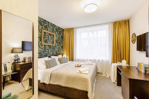 . Bohema, Tubinas Hotels