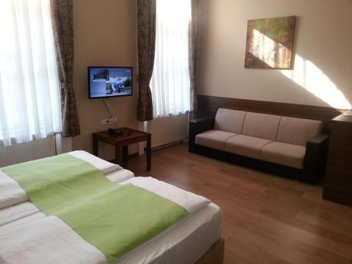 Elit Hotel photo 2