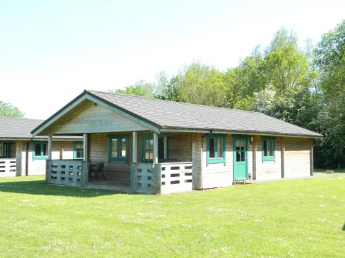 . Lake Pochard Holiday Lodges