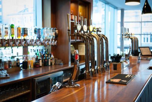 Jurys Inn Aberdeen picture 1 of 29