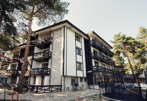 . Family Hotel Hebar