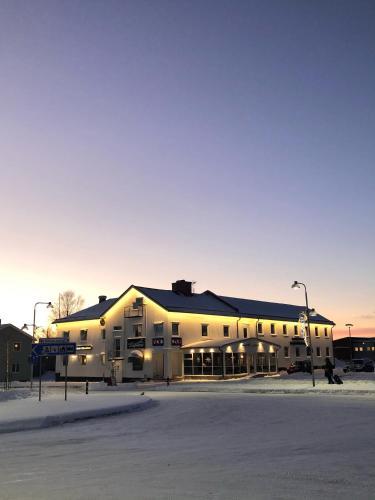 . Hotel Lapland River