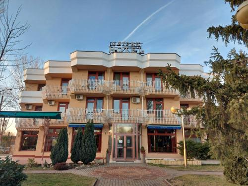 . Csipke Hotel