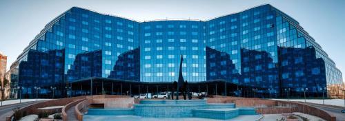 . River Palace Hotel