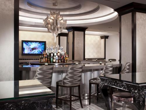 The Silversmith Hotel - Chicago, IL IL 60603