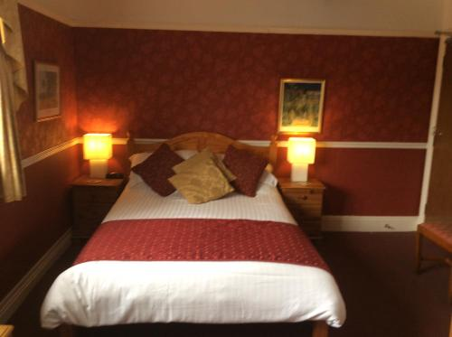 White Lodge Guest House - Photo 2 of 22