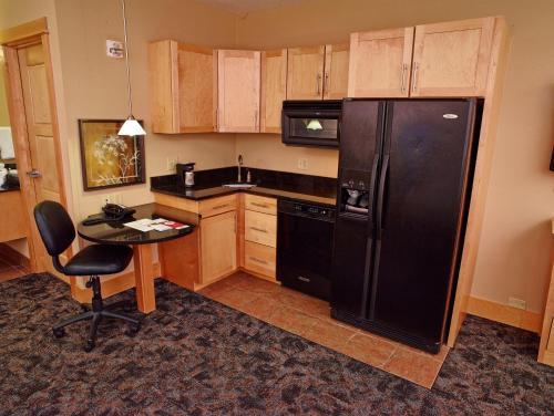 Livinn Hotel Minneapolis North /Fridley - Fridley, MN 55421