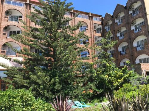 . Costanera Mar Hotel & Suites