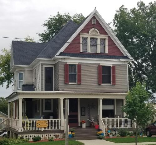 . The Katherine Holle House