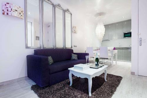 Romantic Barcelona Apartment photo 7