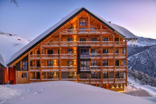 Chalet Everest - Luxury Apartments - Accommodation - Prato Nevoso