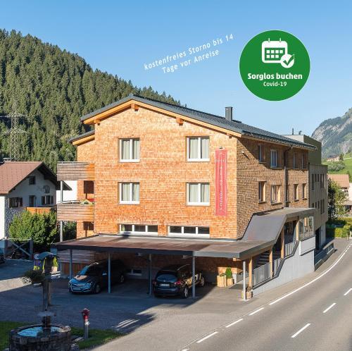 . Alpine Lodge Klösterle am Arlberg
