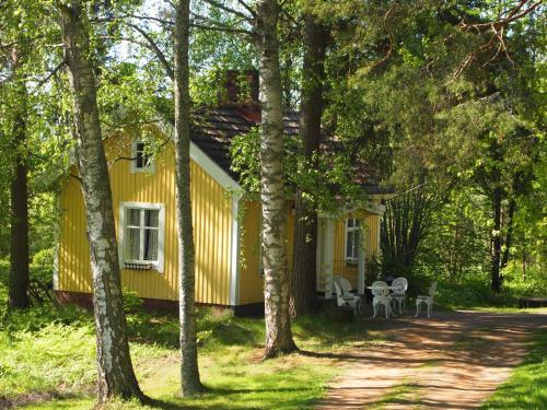 Tammiston Cottages