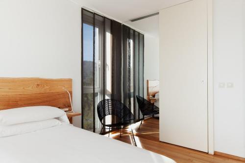 Double Room with Balcony and Sea View Hotel A Miranda 9