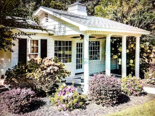 Creole Cottage at Bel Amour - Breakfast Included - Apartment - Fort Payne