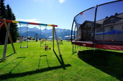 Apart-Hotel Alpinsonnenresidenz - Accommodation - Fiss