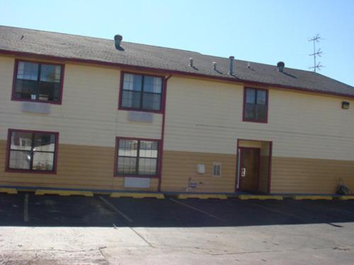 Medical Inn Oklahoma City - Oklahoma City, OK 73117