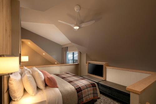 Loft Suite with Balcony