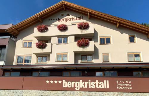 Apart Bergkristall - Apartment - Ladis