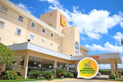 . Hotel 10 Goiânia