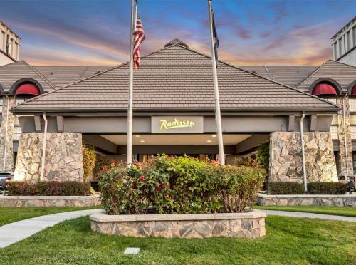Radisson Salt Lake Airport - Hotel - Salt Lake City