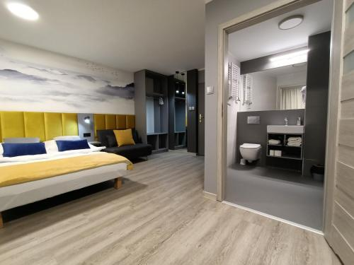 . Hotel Pomorski