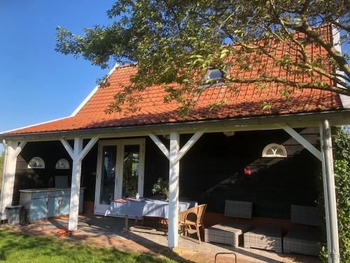 . 4 persoons vakantiehuis De Zeeuwse Dijk Tholen Zeeland