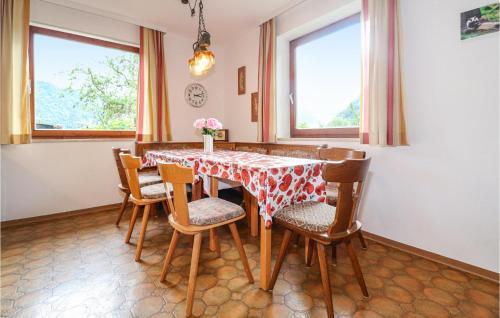 Hotel-overnachting met je hond in Three-Bedroom Apartment in Walchsee - Walchsee
